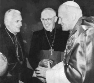 Un solo Papa su questa foto