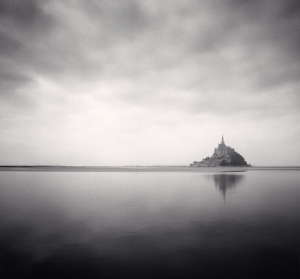 In cammino. Mont St. Michel. Micheal Kenna